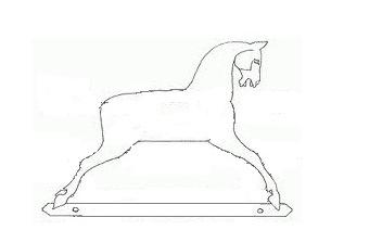 корпус деревянной лошадки -качалки, выполненной из массива дерева, традиционная лошадка качалка английская